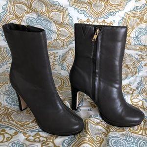 Eva Mendes NY&C Grey Heeled Boots